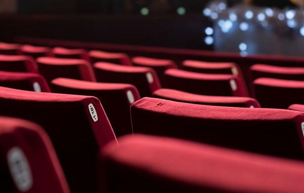 بیعدالتی در چرخه اکران سینماها/تعداد سالن بر چه اساسی به فیلمها اختصاص داده میشود؟